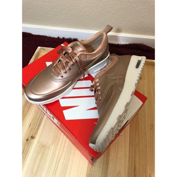 sports shoes 3693c ba5d0 NIKE Air Max Thea SE Sneaker rose gold pink. M 5a8d18153800c5e362798816